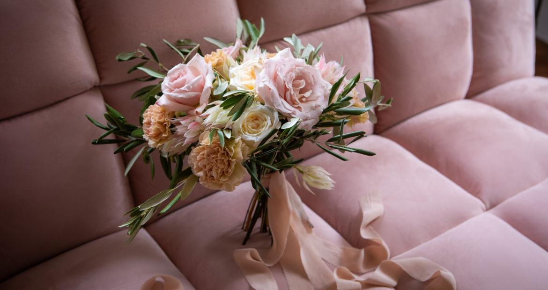 bouquet de mariée, future mariée, fleuriste , bouquet, fleuriste mariage, seine et marne, couleurs pastels,