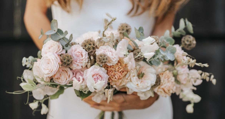 Bouquet de mariée, mariage, bride bouquet, couleurs pastels, bouquet déstructuré, future mariée, mademoiselle constellation