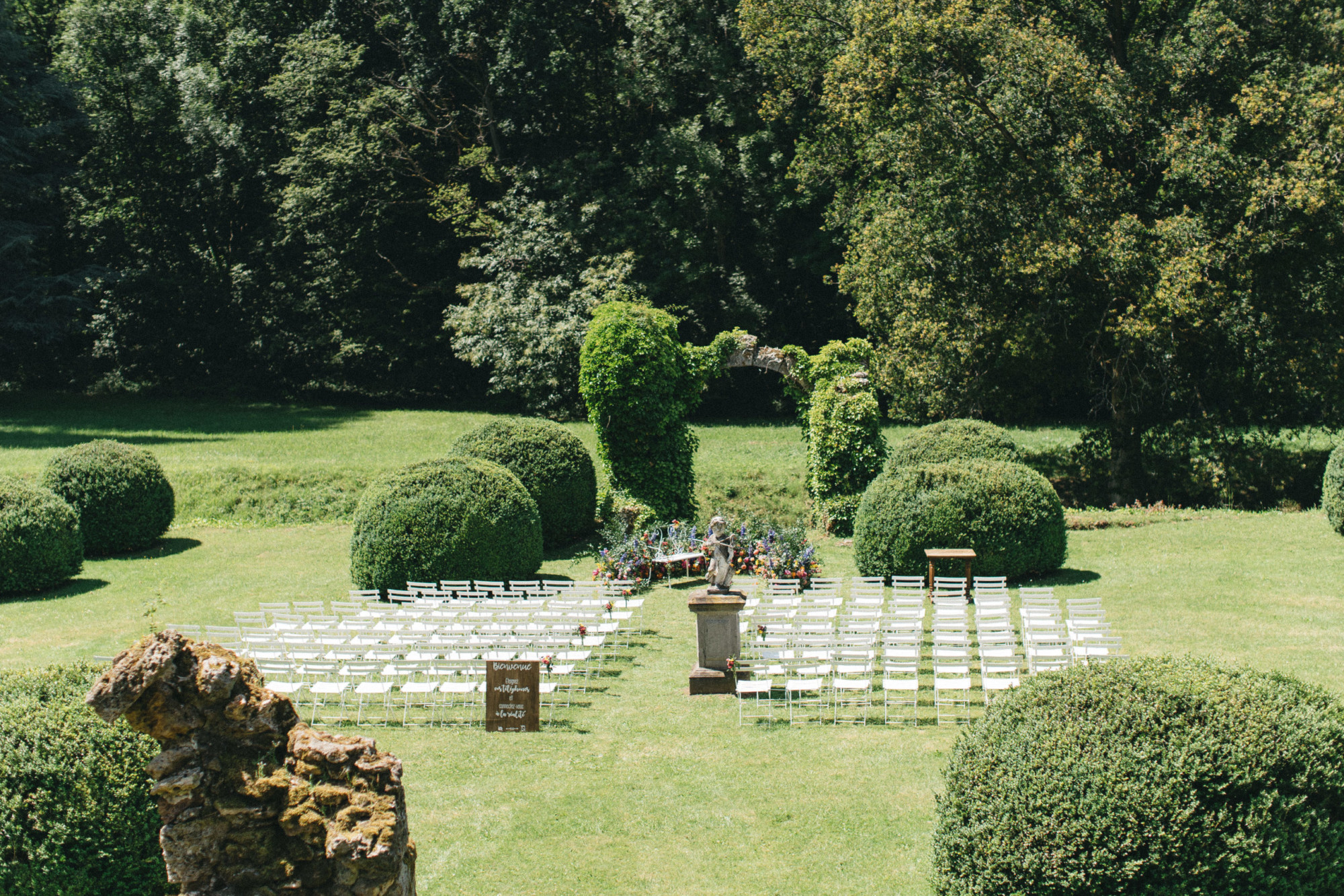 Mariage mixte, décoratrice, Paris, fleuriste, wedding designer floral designer, mariage château mariage élégant, cérémonie