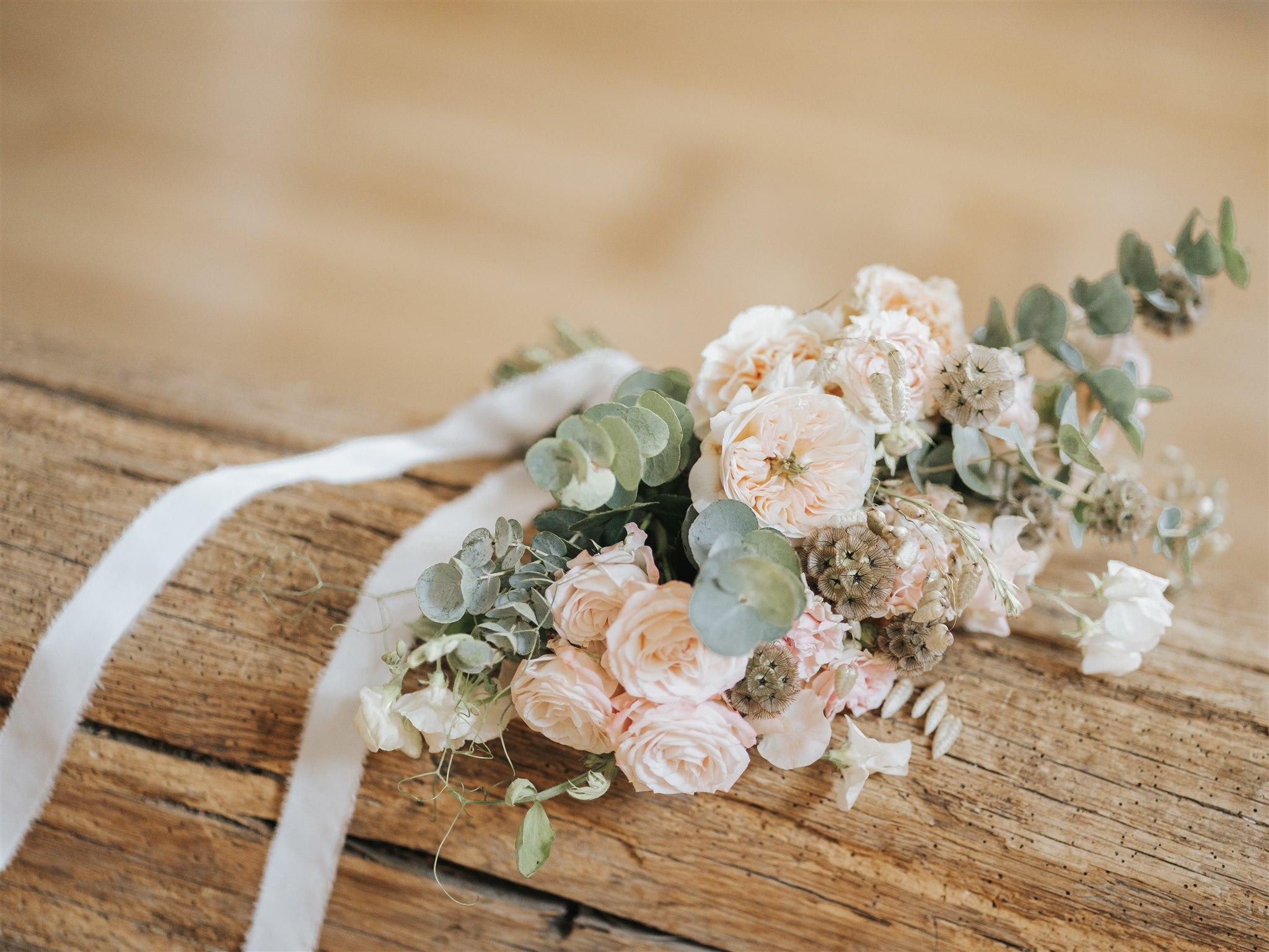 bouquet de mariée, mariage, fleuriste mariage, fleurs de mariage, atelier floral, floral designer, fleuriste Ile de France